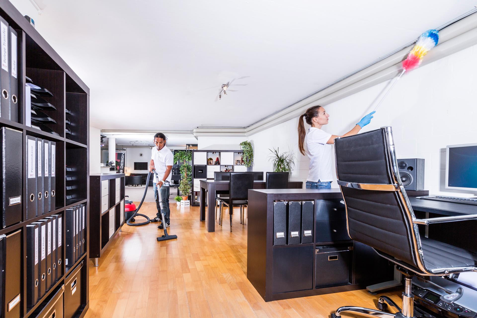 Limpieza de oficinas en valencia royalmediter for Limpieza oficinas