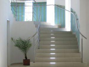 limpieza de comunidades Valencia - escaleras