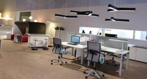 limpieza de oficinas en Sevilla - lámparas