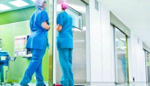 limpieza de hospitales en Valencia - ascensores