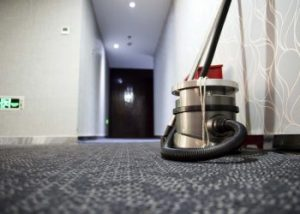 limpieza de comunidades en sevilla - pasillo