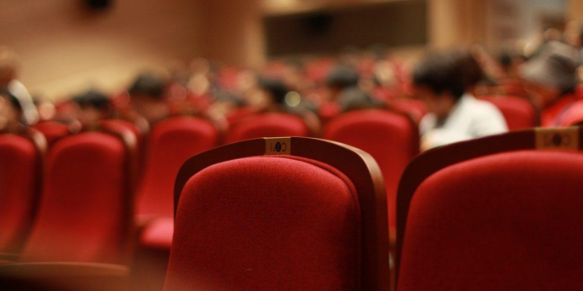 organización de eventos en Valencia - congreso en marcha