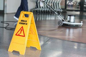 limpieza de oficinas valencia - pisos desinfectados-